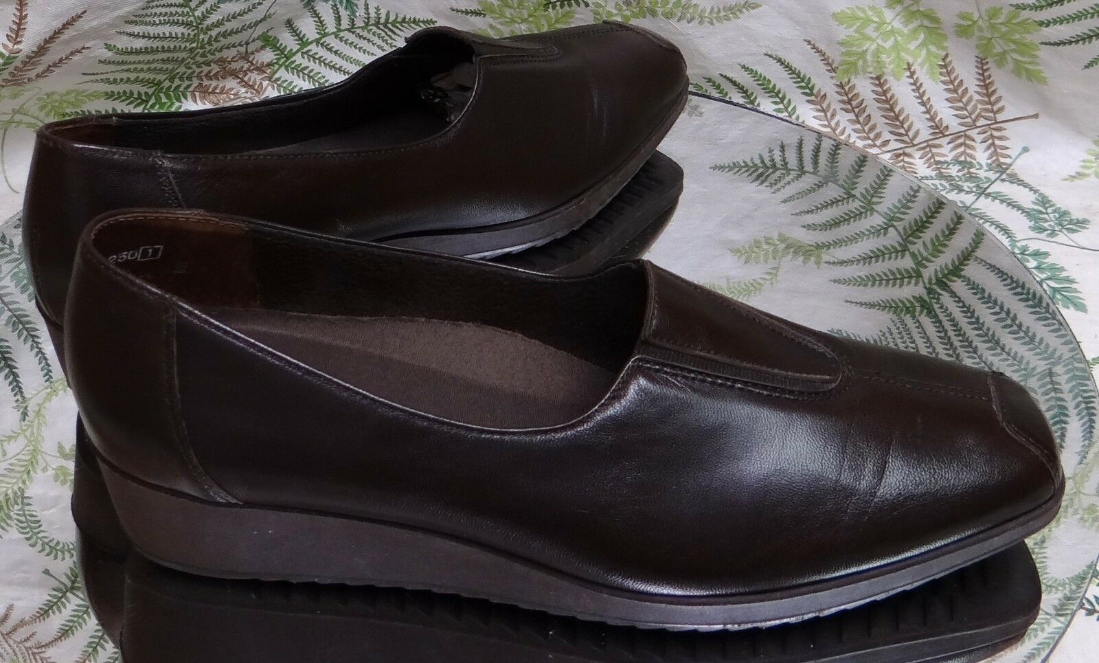 MUNRO BROWN LEATHER LOAFERS SLIP ONS BUSINESS DRESS 7.5 HEELS Schuhe Damenschuhe SZ 7.5 DRESS M 5af7d1