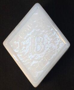 Boyd-Art-Glass-Milk-White-Logo