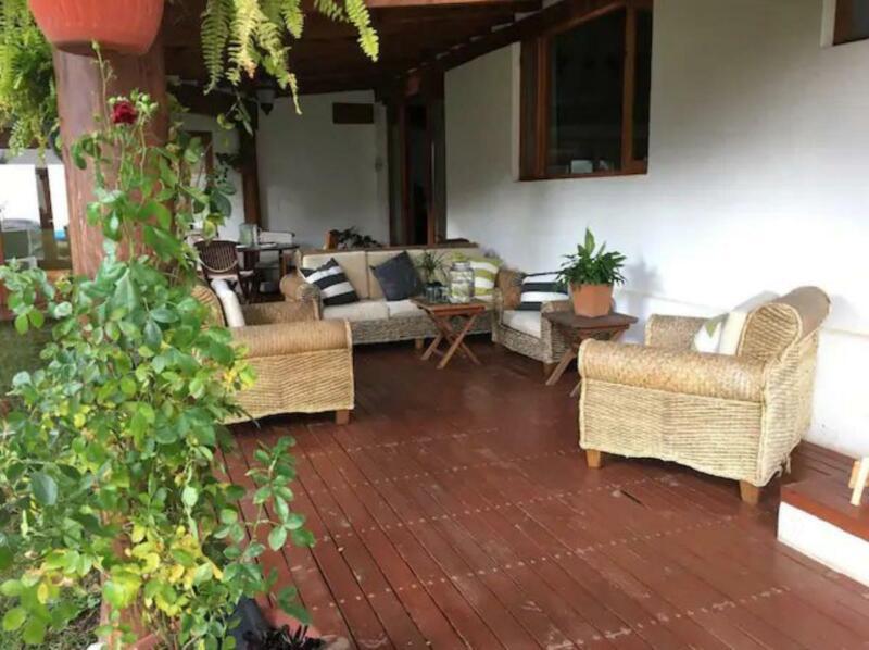 Villa Cretiva Avandaro casa con departamento independiente a la venta en Valle de Bravo (JS)