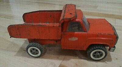 Red Metal Truck Vintage Toy Dump Truck collectible toy metal truck