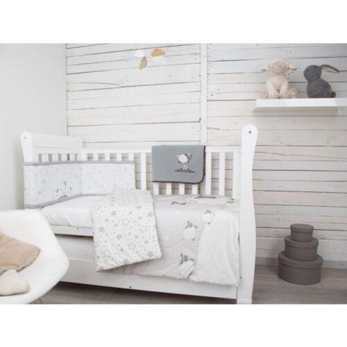 CuddleCo  4 Piece Nursery Bedding Set Sleepy Sheep