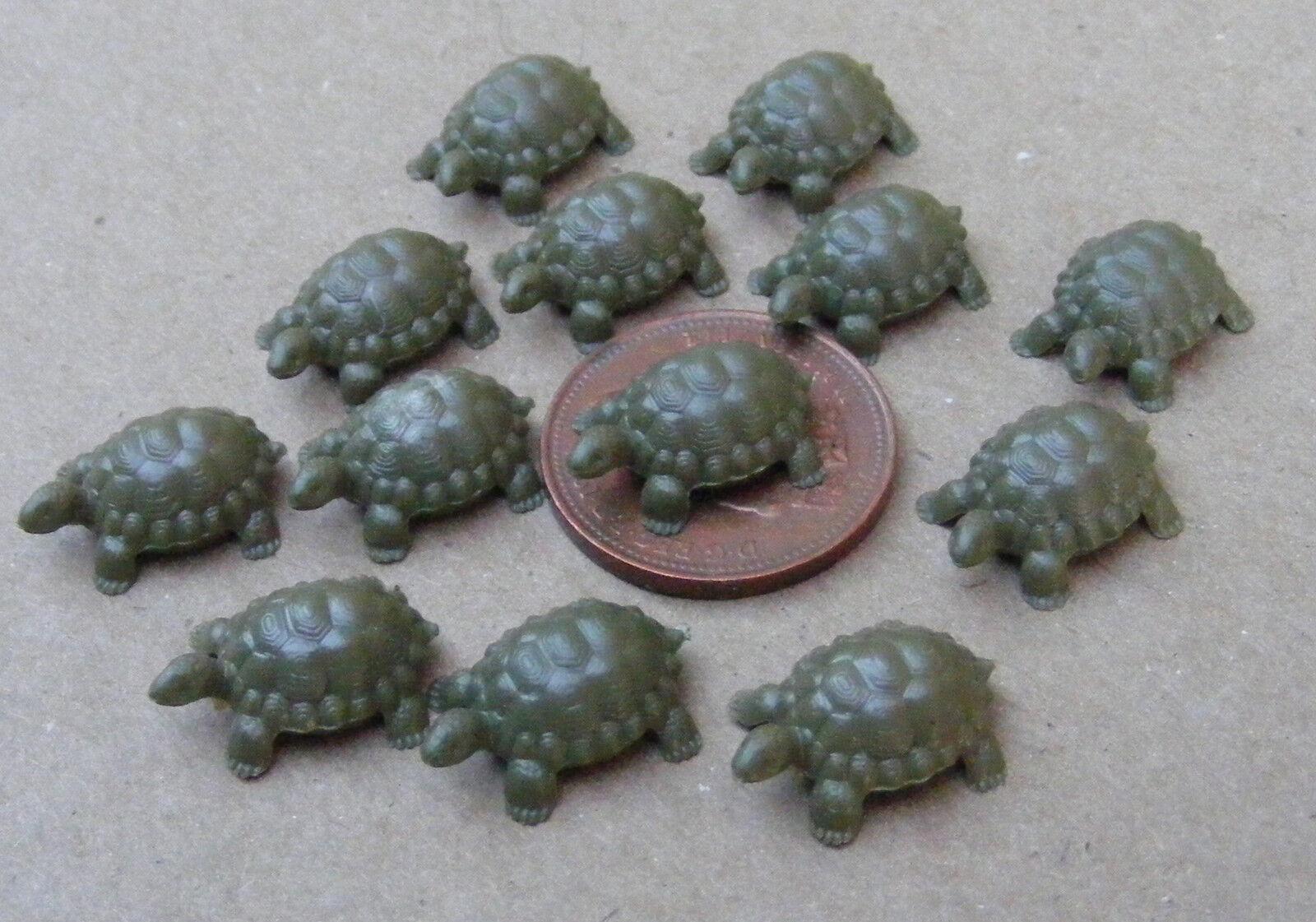 1:12 Maßstab /& Grün Keramik Schildkröte Tumdee Puppenhaus Garten Haustier T6