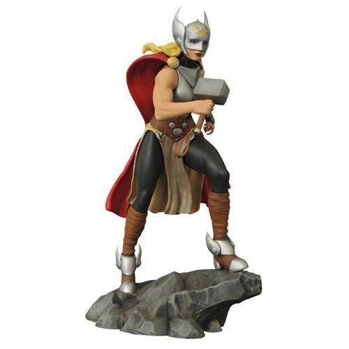 Femme fatales lady thor statue neu