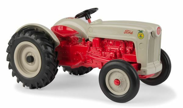 ERTL 1 16 SCALE FORD NAA TRACTOR MODEL   BN   13916