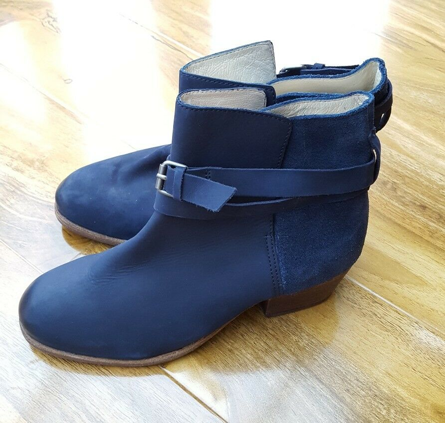 Boden Ladies Gorgeous Size 36 3.5  Navy 100% Leather Boots AZ217 BRAND NEW