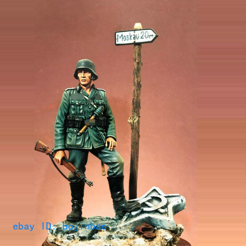 1 18 90mm Soldier On Stand Resin Model Kits Unpainted Unassembled Garage Kit New
