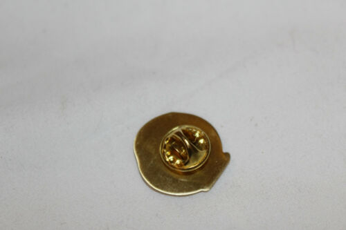 24 mm-NEU-Nr-4 FLIEGENROLLE  ANSTECKNADEL-PIN-