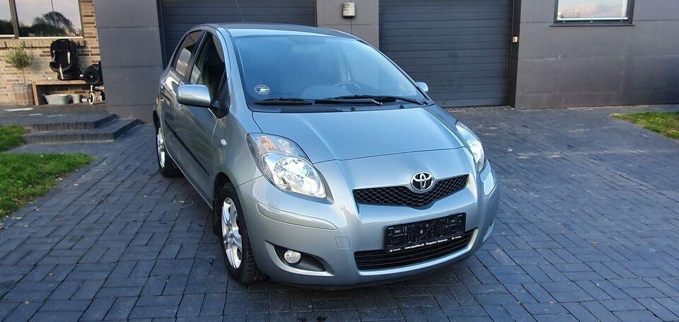 Toyota Yaris, 1,3 TX, Benzin
