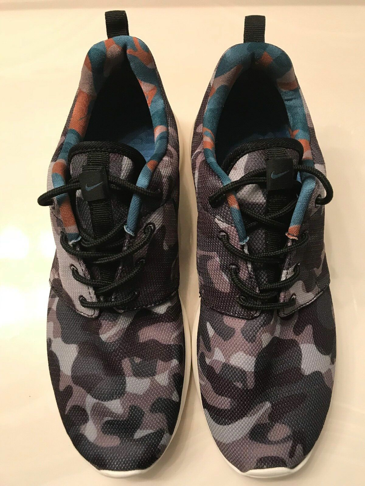 NIKE Gray Camouflage Sneaker Shoes Men's 9.5