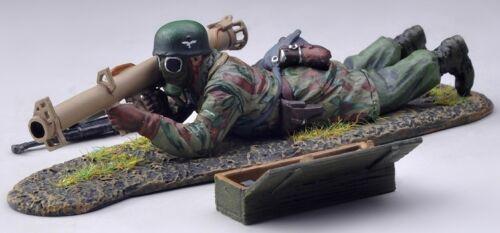 THOMAS GUNN WW2 GERMAN FALLSCHIRMJAGER FJ022A ROCKET MEN NORMANDY MIB