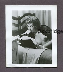 PEPPER POWELL Burlesque Star Queen 1950 ORIGINAL VINTAGE NUDE PINUP PHOTO B3167
