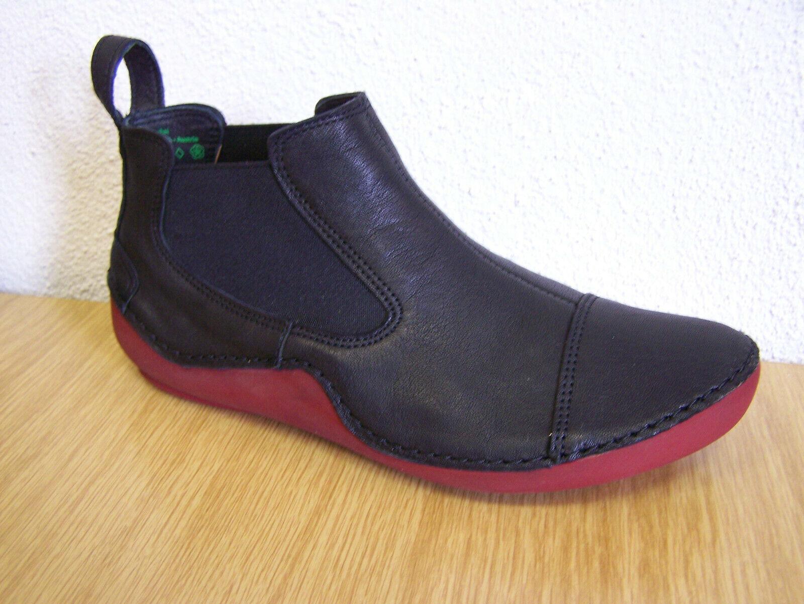 Think  Slipper Modell Kapsl schwarz kombi Gummizug rote Sohle & THINK Papiertüte
