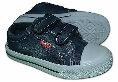 Boys/Girls Canvas Pumps/Plimsoles, Colour Navy, Size UK 1 (EUR33), Free Postage