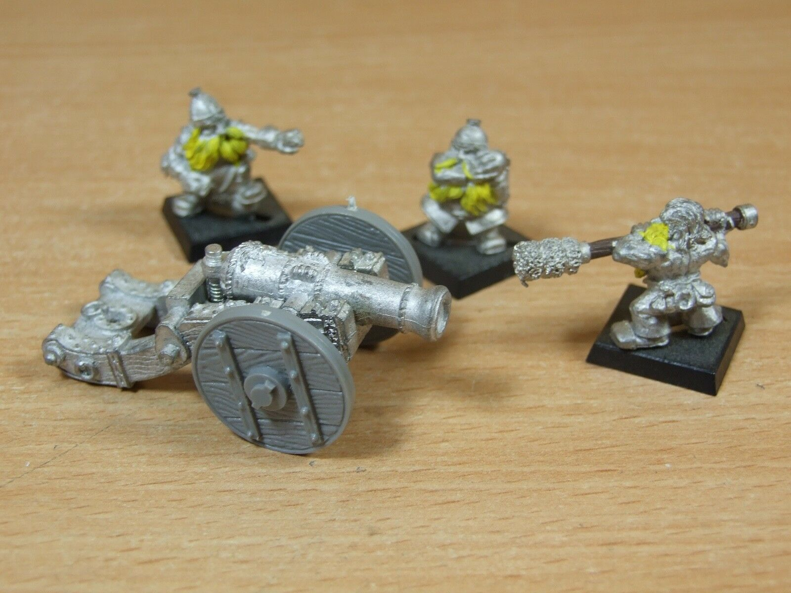 CLASSIC METAL GAMES WORKSHOP DWARF CANNON AND CREW PART PAINTED (170)