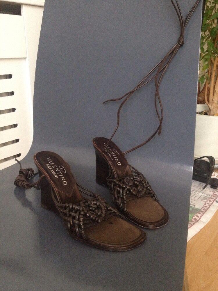 Zapatos De Cuero Valentino Cuña Marrón con el correas en el con tobillo largo, talla EU 35, UK 2 260968