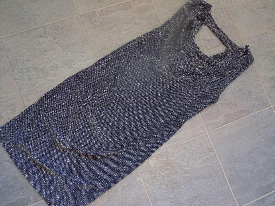 Anden kjole, ICHI, str. M – dba.dk – Køb og Salg af Nyt og Brugt