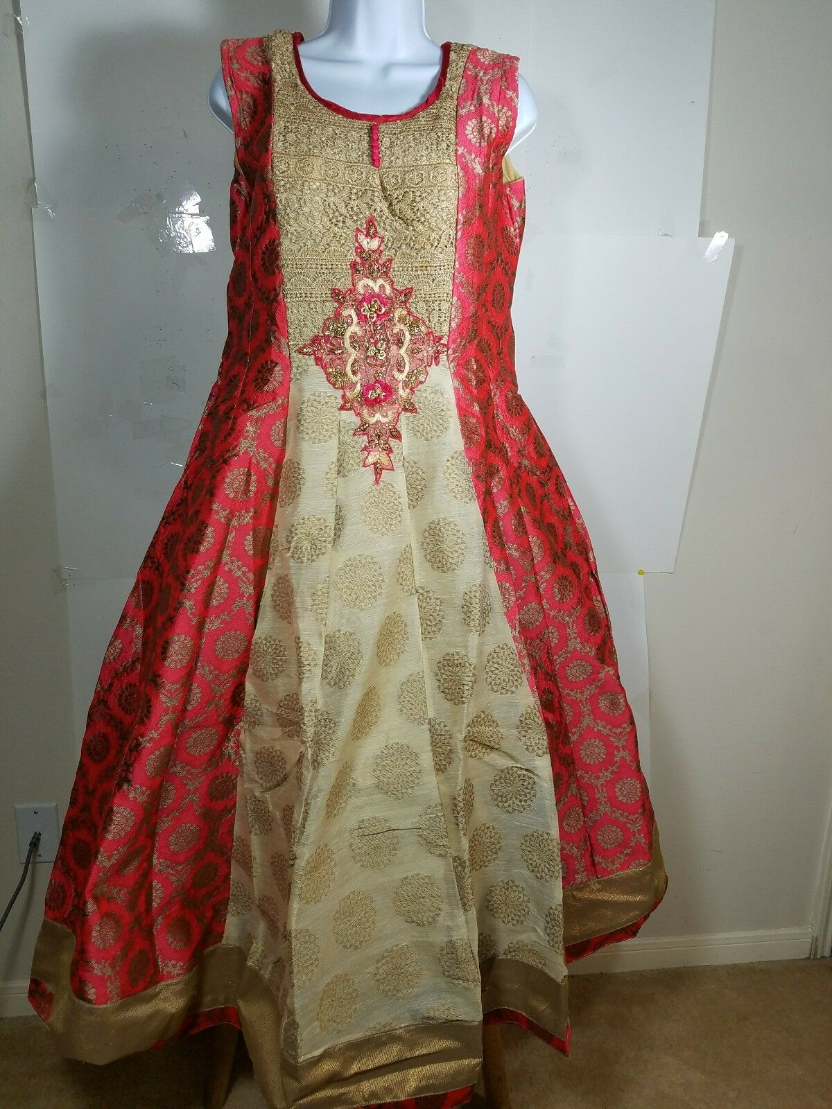 44.99COMPARE WITH  149.99BOLLYWOOD STYLE BEAUTIFUL3 PIECE PARTY DRESS SIZE 40