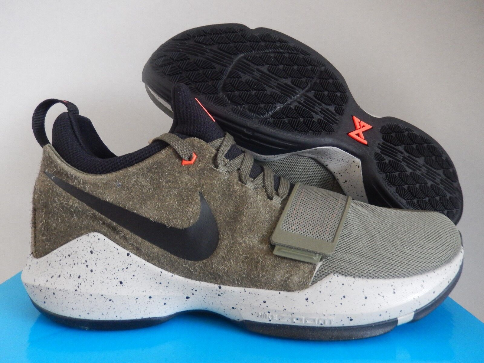 NIKE PG 1 ELEMENTS PAUL GEORGE MEDIUM OLIVE GREEN SZ 14