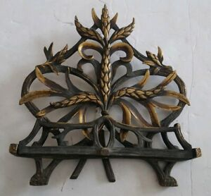Solid-Brass-Table-Top-Easel-Ornate-Wheat-Design
