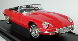 Road-Signature-1-18-Scale-1971-Jaguar-E-Type-Roadster-V12-Red-Diecast-Model-Car