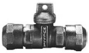 "Mueller B25209N 1"" Compression CTS Ball Curb Stop Valve"