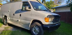 2003 Ford E250 Extended Van