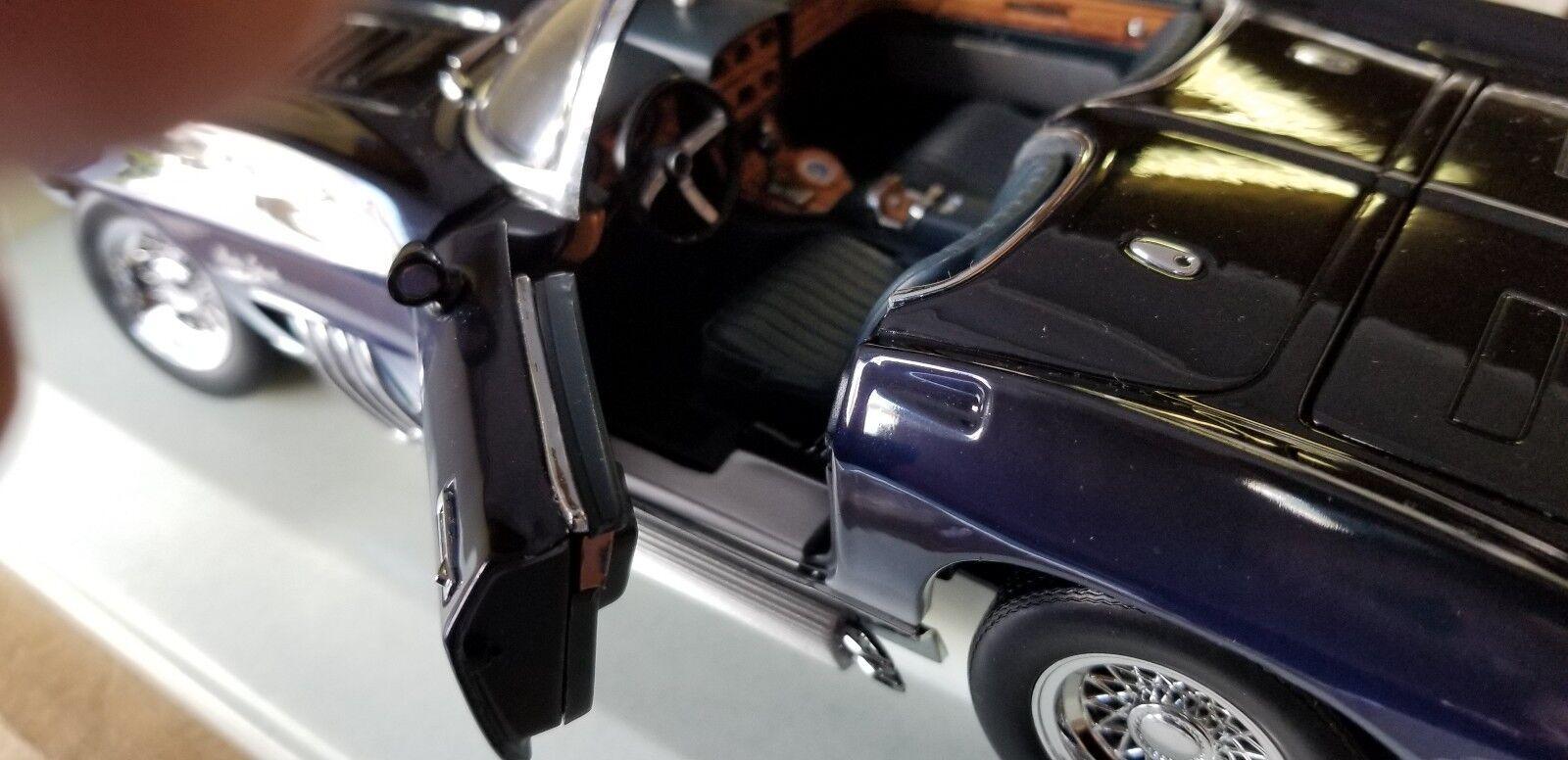 1 18 UT Corvette Mako Mako Mako Shark bluee NIB 78d995