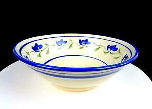 STUDIO-ART-POTTERY-ARTIST-SIGNED-WHEEL-THROWN-BLUE-FLORAL-10-034-VEGETABLE-BOWL