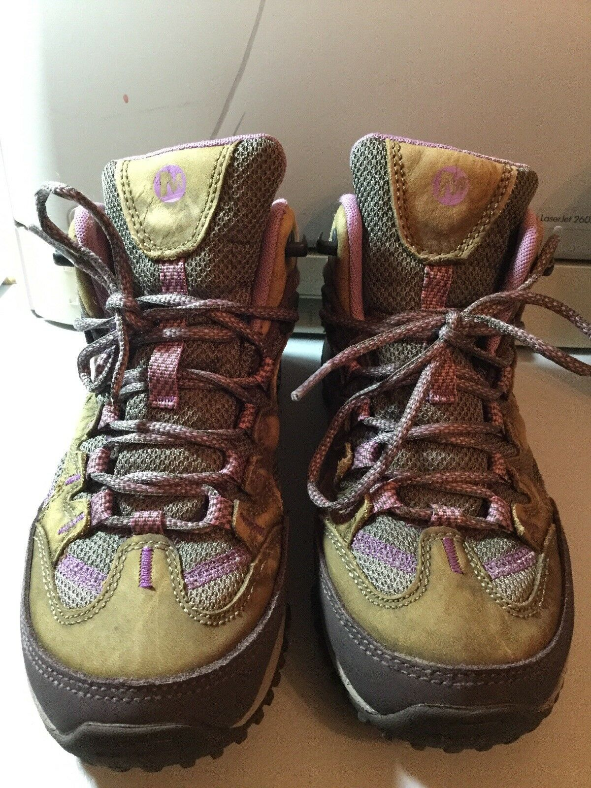 MERRELL Brindle Hiking shoes Women's Size 7 Pre-owned Lavender