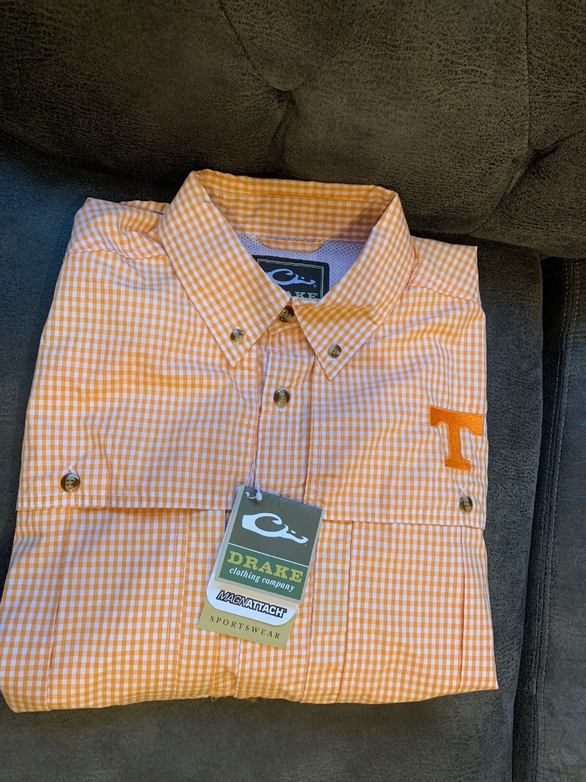 NWT Drake Waterfowl Wingshooter Long Sleeve Men's Small Plaid Tennessee Shirt