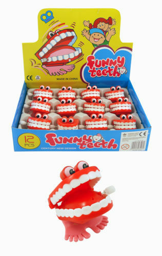 CHATTERING TEETH Wind Up Toy Party Goodie Loot Bag Filler Favour Joke Prank