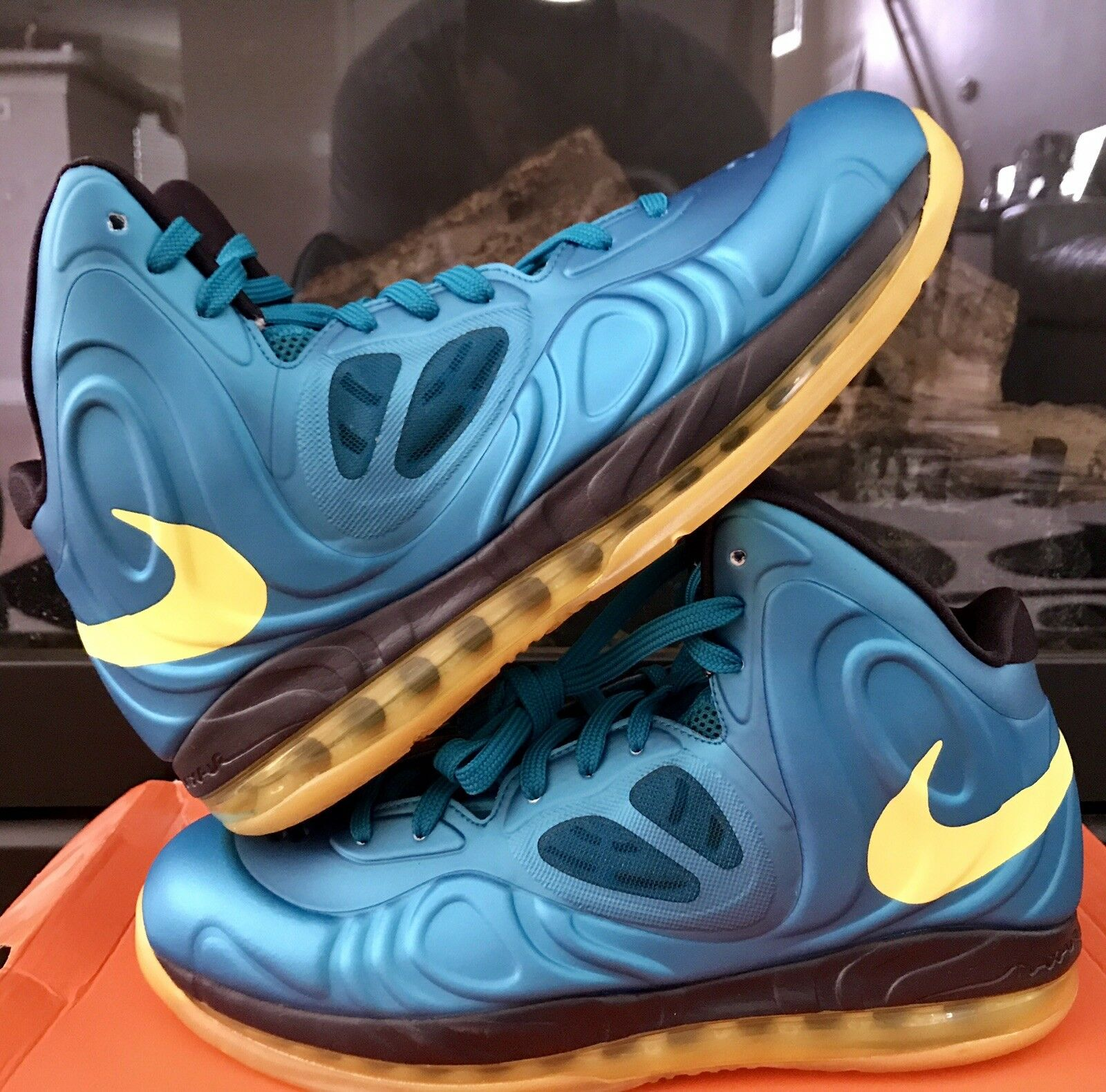 Nike Air Max Hyperposite Basketball Men's shoes Size 9.5 New
