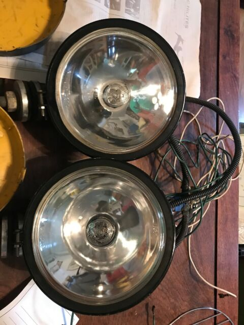 Pair 2 Kc Lights 4213 Chrome Driving Lights W   Covers And