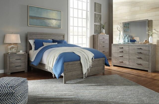 Ashley Furniture Culverbach Queen 6 Piece Bedroom Set For Sale