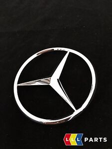 NEW-GENUINE-MERCEDES-BENZ-MB-W163-ML-REAR-TRUNK-BOOT-LID-STAR-BADGE-EMBLEM