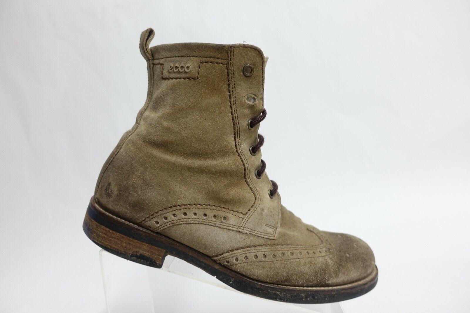 ECCO Suede Wingtip Brown Sz 9 (42 EU) Men Ankle Lace-Up Boots