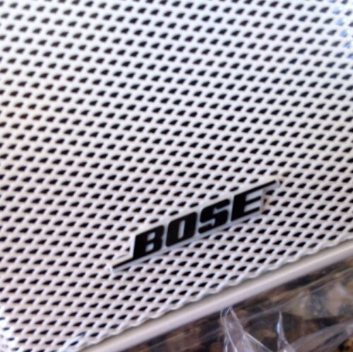 2 Bose Jewel Double Cube Premium Speakers In Absolutely MINT Condition White