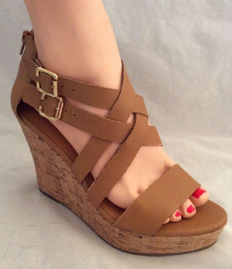 GAP Cork Style Platform Sandal Leather Upper Camel Women's Size 9