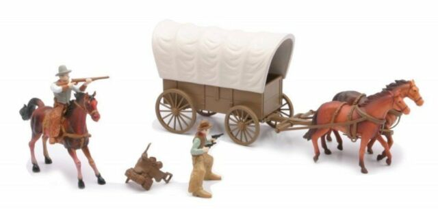 New Ray 54mm 1/32 Plastic Western Covered Wagon And Figures Set New!