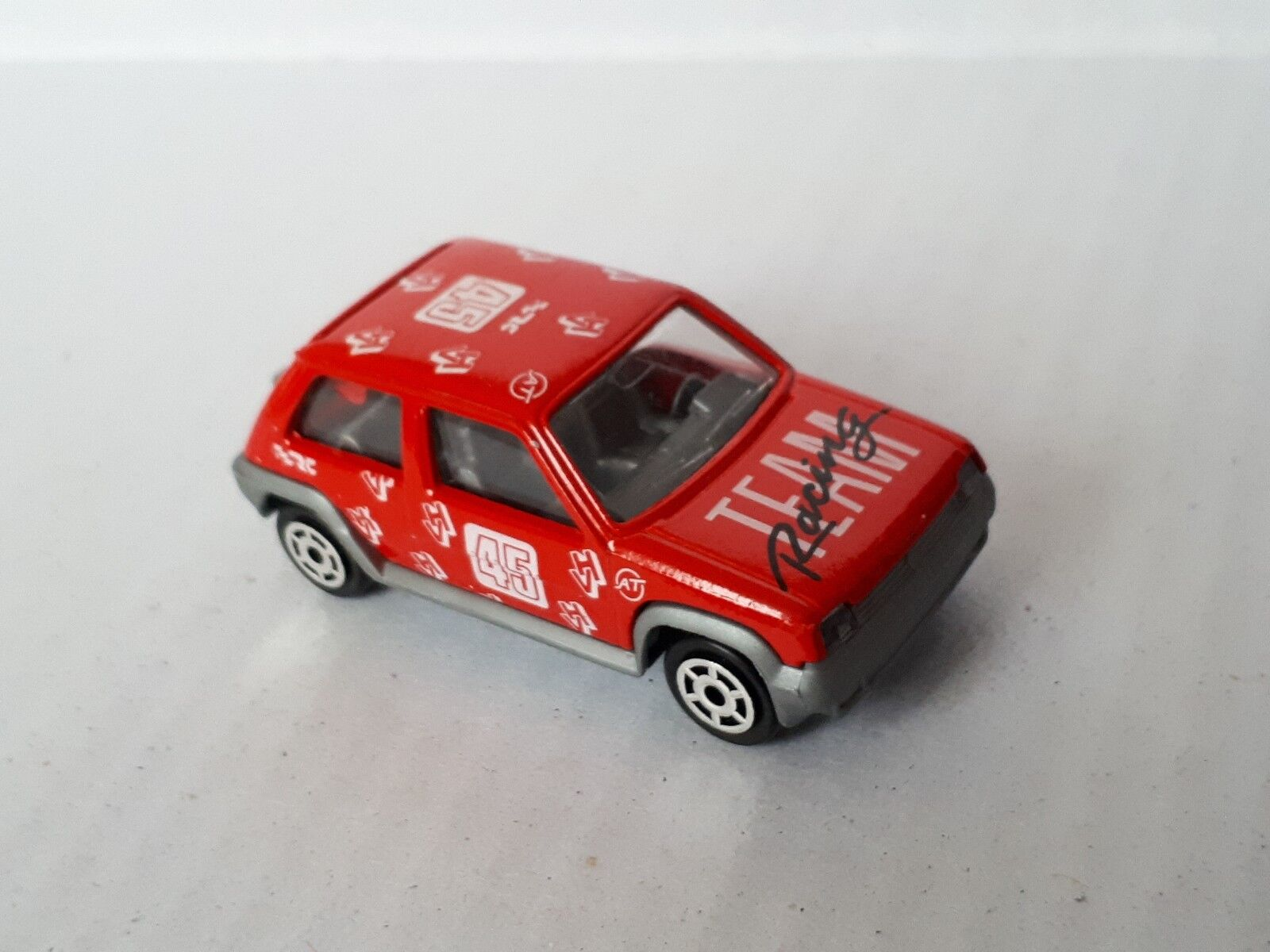 Rare Majorette  205 Renault 5 GT Turbo In rosso  Racing Team No.45    New   Loose