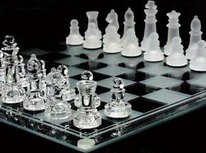 Jeux-echec-de-35-x-35-cm-echiquier-verre-miroir-32-pieces-Glass-chess