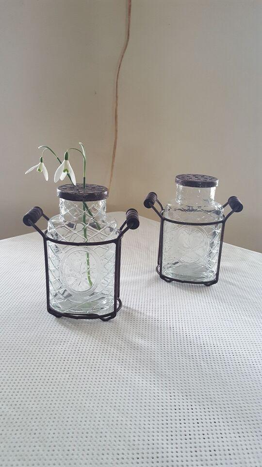 Glas, Vaser