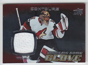 2015-16-UD-CONTOURS-MIKE-SMITH-JERSEY-S-22-SHOW-ME-SOME-GLOVE-Game-Used-Coyotes