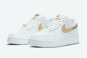 Details about NIKE AIR FORCE 1 LOW '07 LV8 MEN's CASUAL WHITE - METALLIC GOLD AUTHENTIC NEW