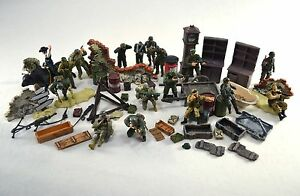 Unimax Accessories and Figures Mixed Lot 1:32 Scale