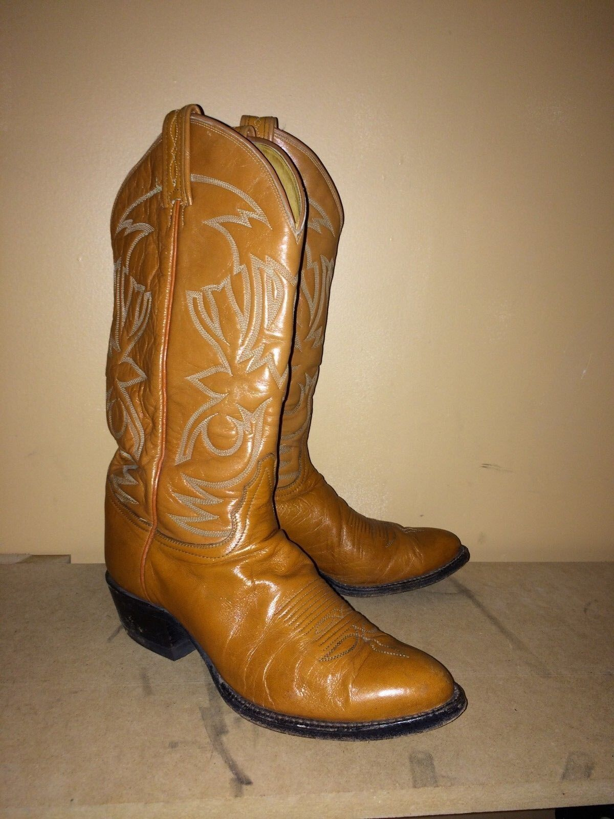 tony lama BOOTS SIZE 7.5 BROWNS MENS IN GOOD CONDITION