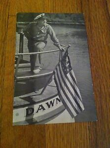 Vintage-Captain-Don-Saunders-Lower-Dells-Wisconsin-Oversized-Unused-Postcard-old