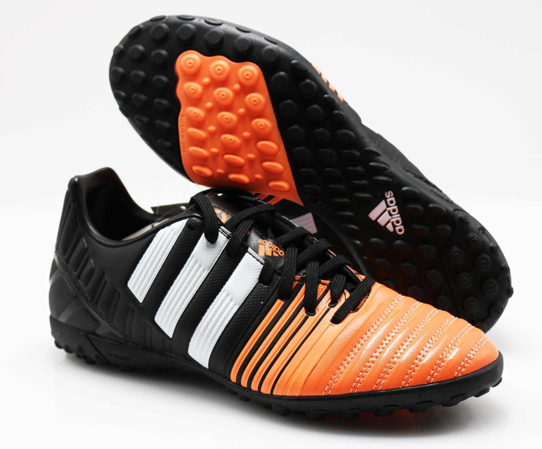 Offriamo vari marchi famosi Adidas Sautope da Calcio