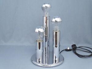 Dreiflammige-Tischleuchte-60-70er-Jahre-Chrom