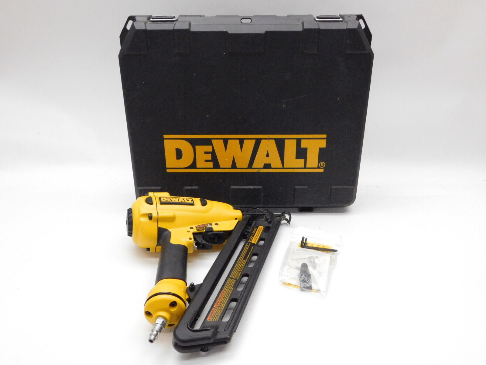 DeWalt D51275 1-1/4-Inch to 2-1/2-Inch 15GA Finish Nailer 120 PSI W/Case. Buy it now for 109.99